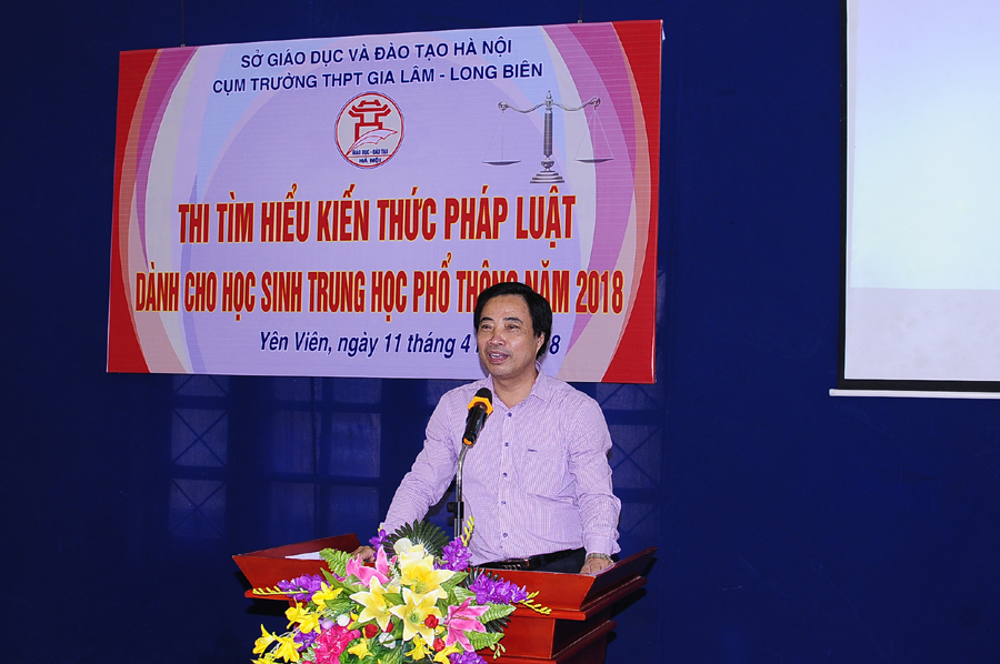 Đồng chí  Đàm Xuân Quang - Phó chánh văn phòng Sở phát biểu chỉ đạo cuộc thi